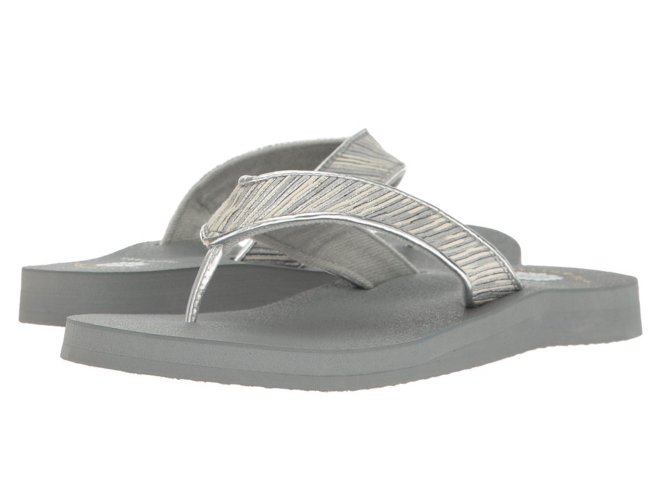 Yellow Box - Fergus (Silver) Women's Sandals