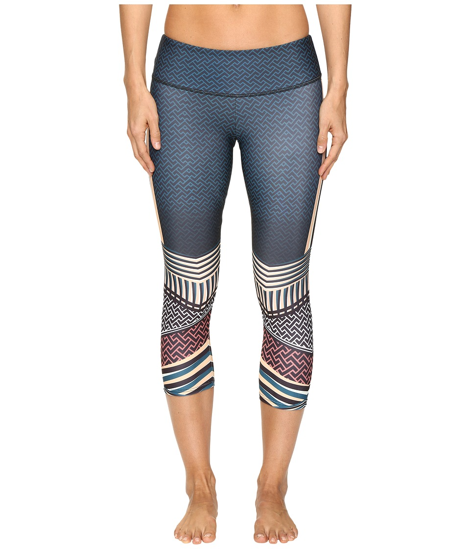 Onzie - Graphic Capris (Empire) Women's Capri