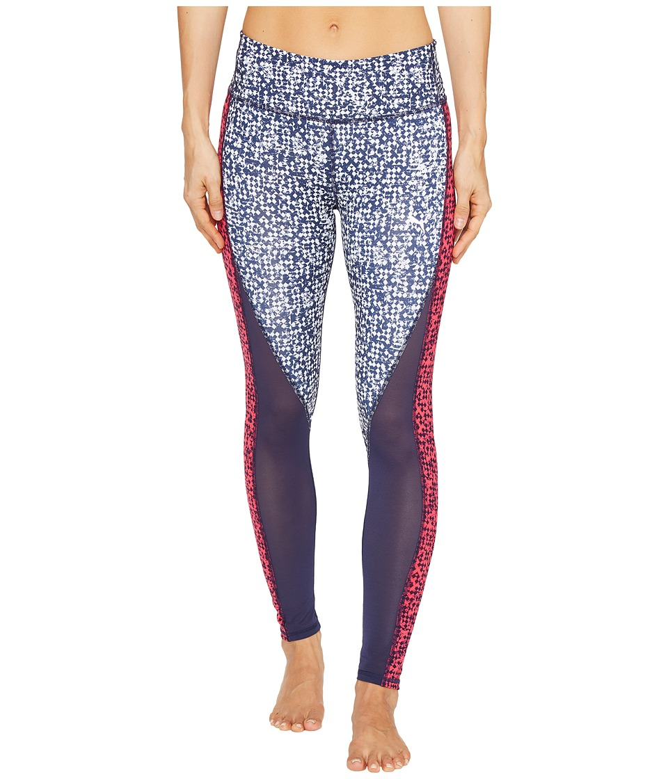 PUMA - Clash 7/8 Tights (Peacoat/White Box Print) Women's Casual Pants