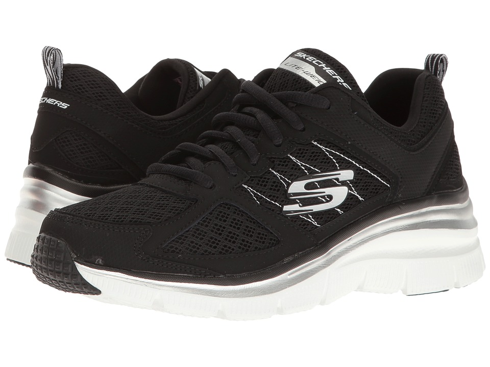 SKECHERS - Fashion Fit - Not Afraid (Black/White) Women's Lace up casual Shoes