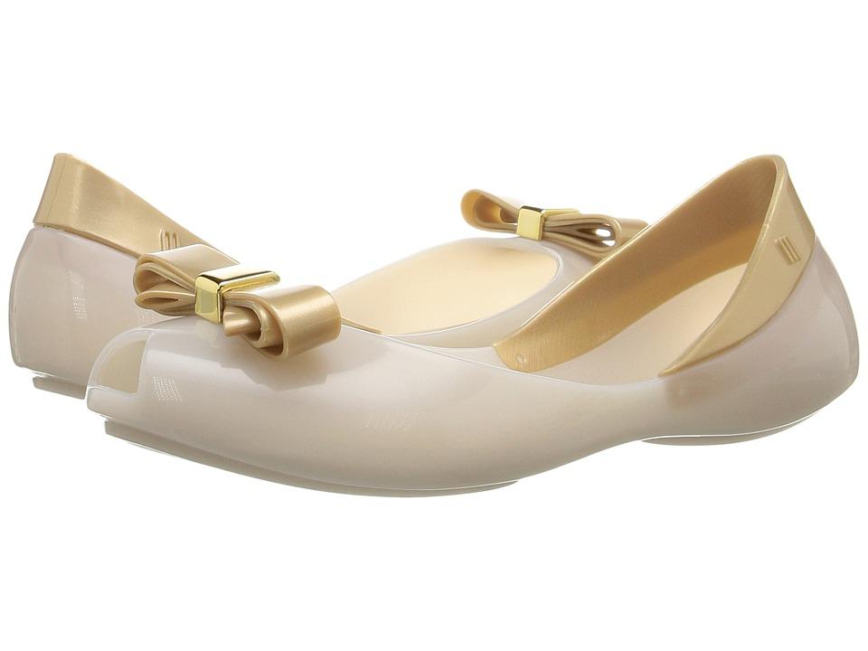 Mini Melissa - Mel Queen III (Little Kid/Big Kid) (White/Milk) Girl's Shoes