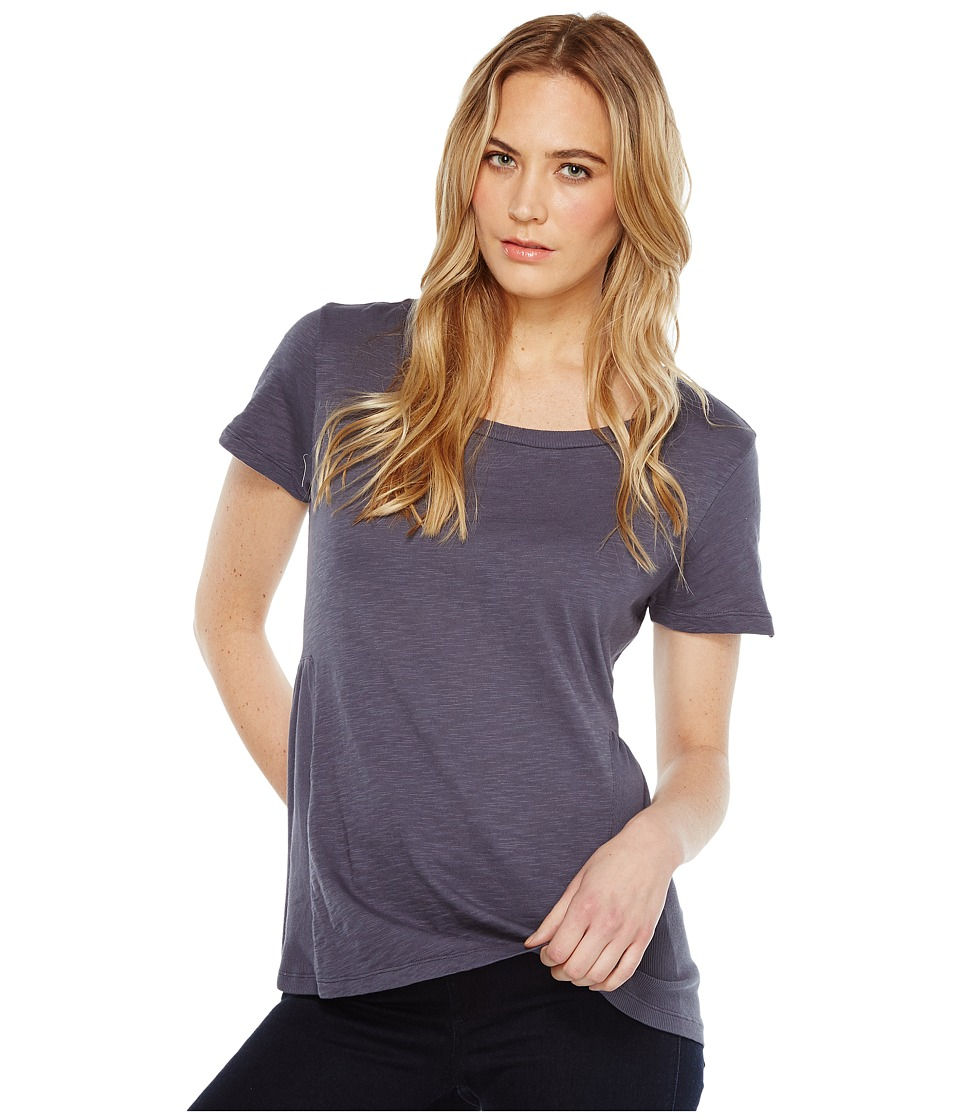 Dylan by True Grit - Soft Slub Cotton Short Sleeve Side Rib Ruffle Tee (Vintage Navy) Women's Short Sleeve Pullover