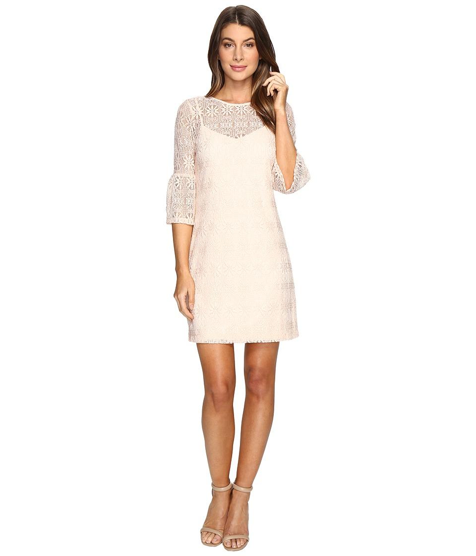 Jessica Simpson - Deco Circle Lace Dress (Blush) Women's Dress