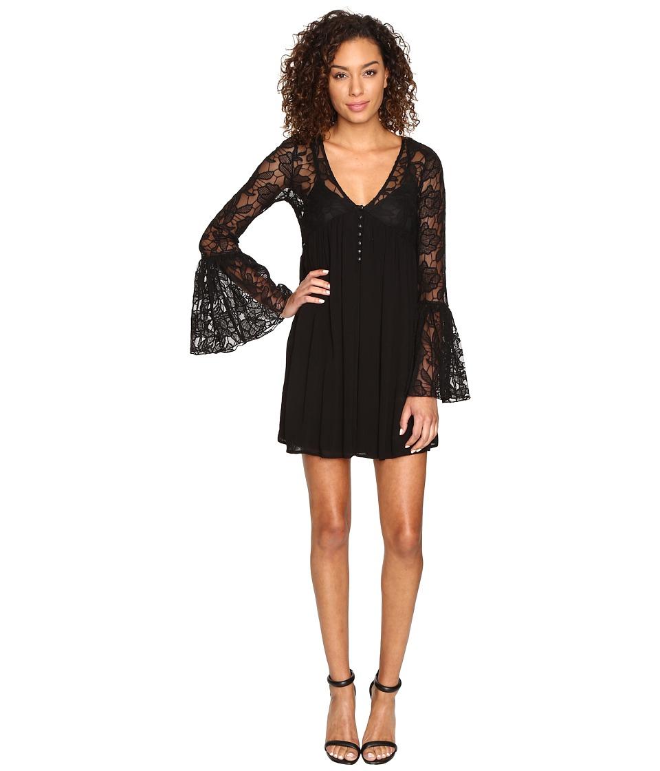 ROMEO & JULIET COUTURE Pleated Dress (Black) Women