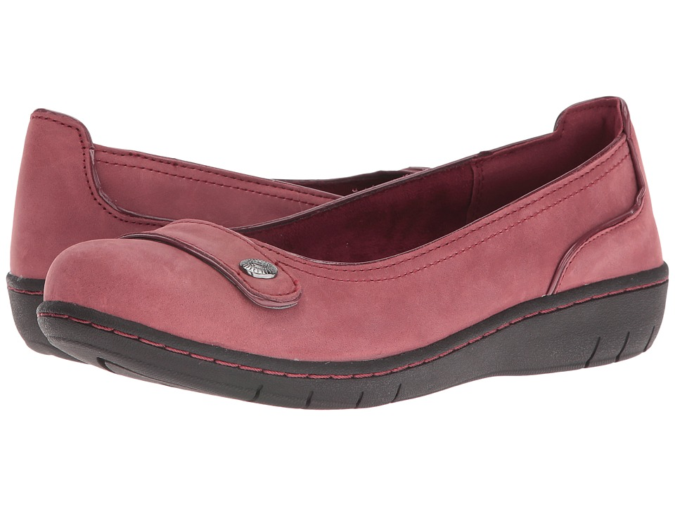 SKECHERS - Washington Walla Walla (Burgundy) Women's Slip on Shoes