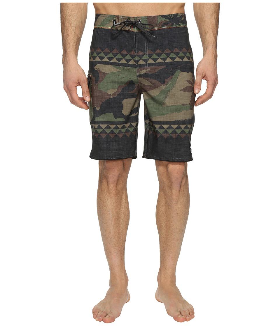 Vans Mixed Scallop Boardshorts (Peace Leaf Camo) Men