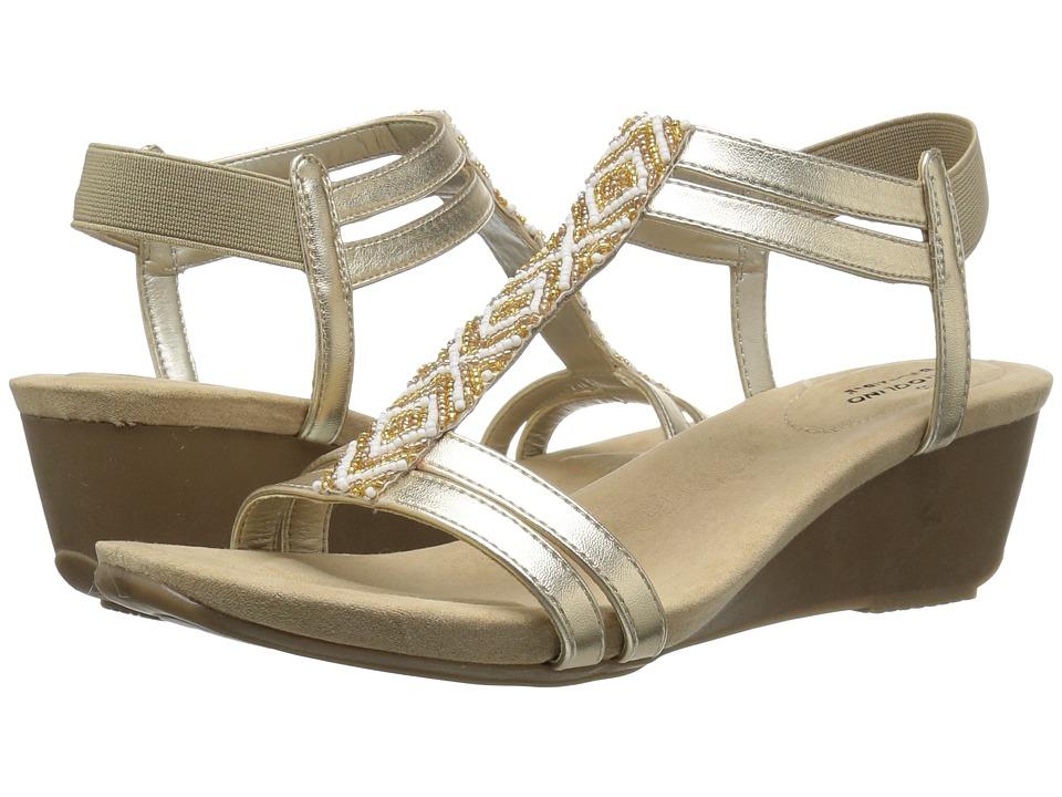 Bandolino - Hippo (Soft Gold Metallic Nappa Synthetic) Women's Shoes