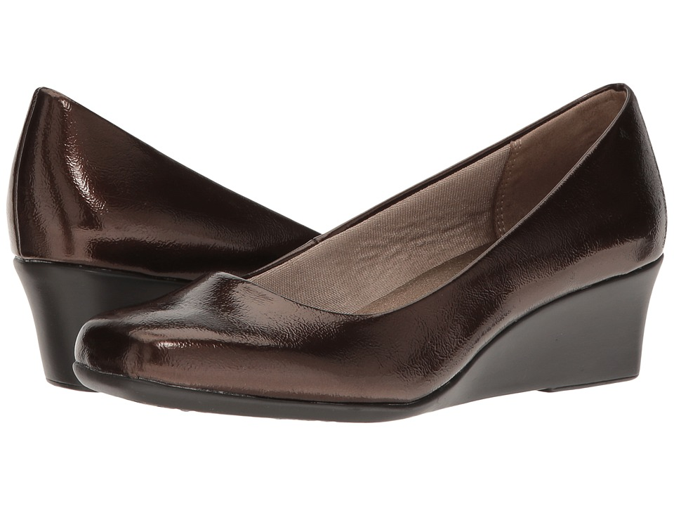 LifeStride - Garam (Bronze) Women's Wedge Shoes