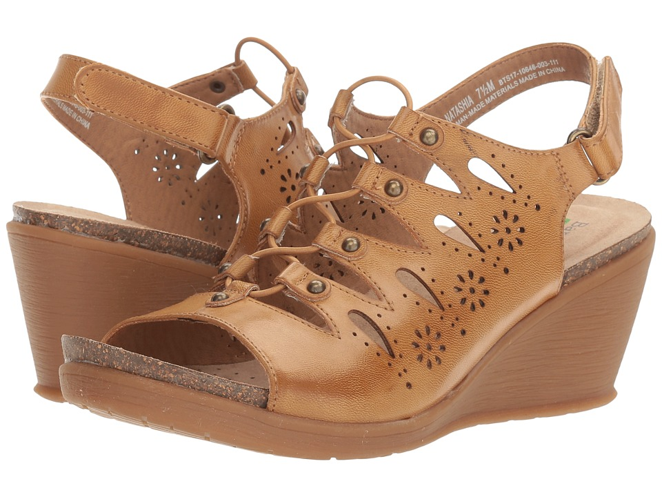 Bare Traps - Natashia (Auburn) Women's Shoes