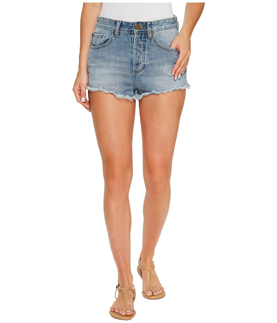 Amuse Society - Easton Mid-Rise Denim Shorts in Faded Indigo (Faded Indigo) Women's Shorts