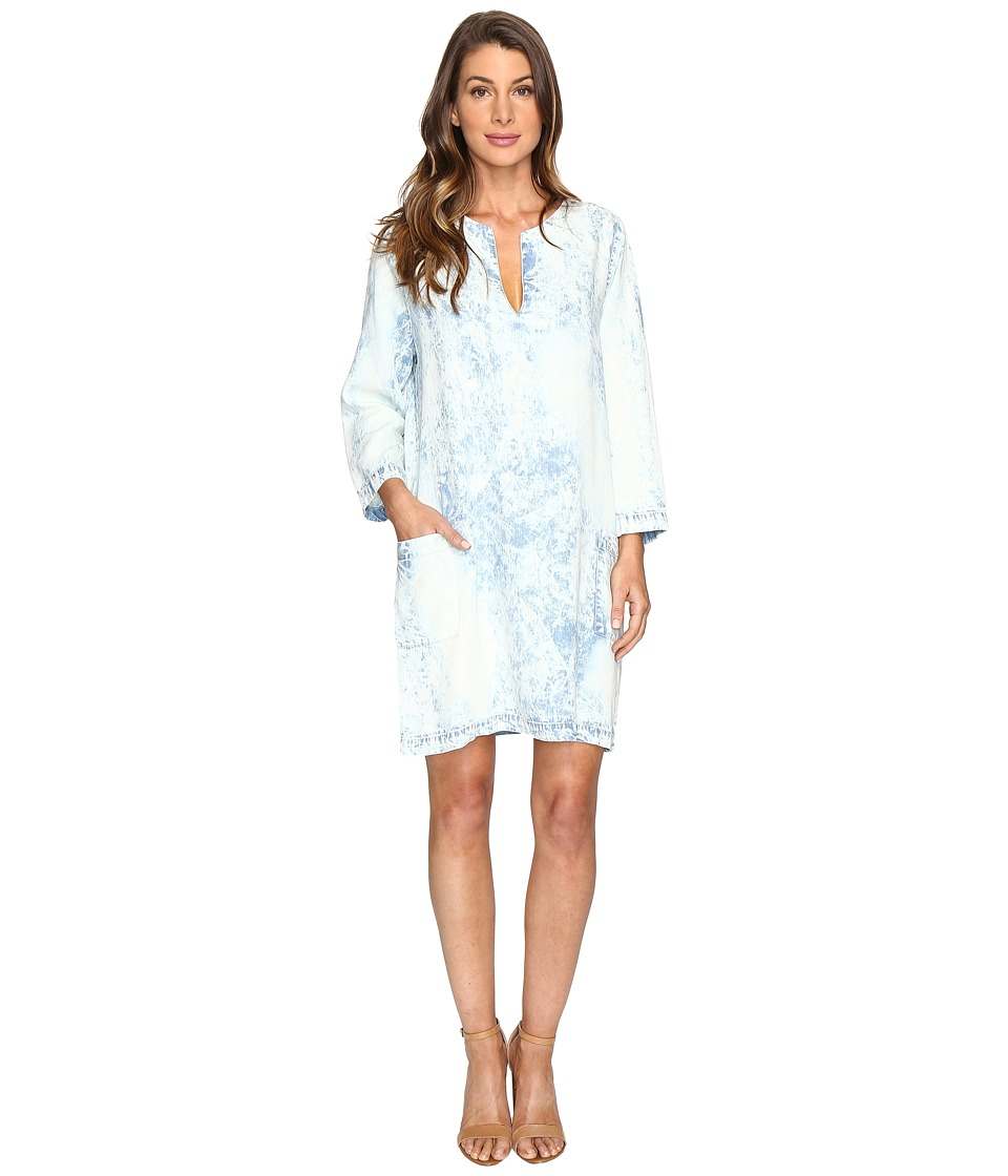 Karen Kane Acid Wash Shift Dress (Denim) Women