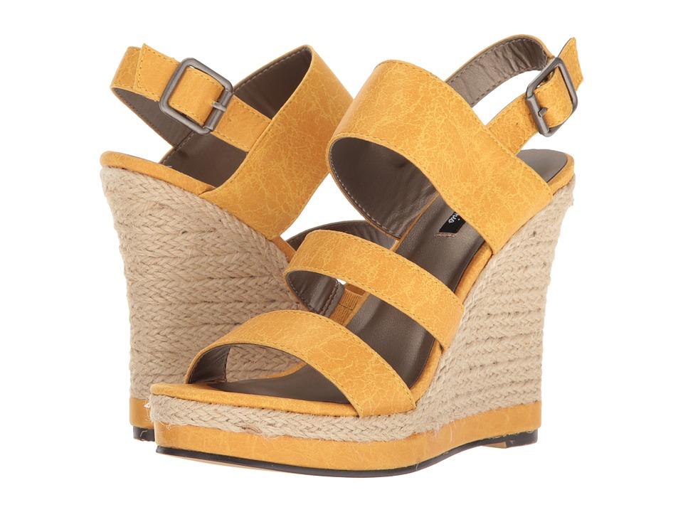 Michael Antonio - Givs (Yellow) Women's Wedge Shoes
