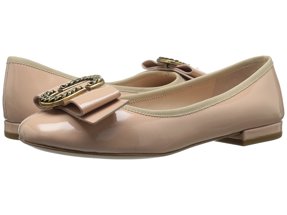 Marc Jacobs Interlock Round Toe Ballerina (Nude) Women