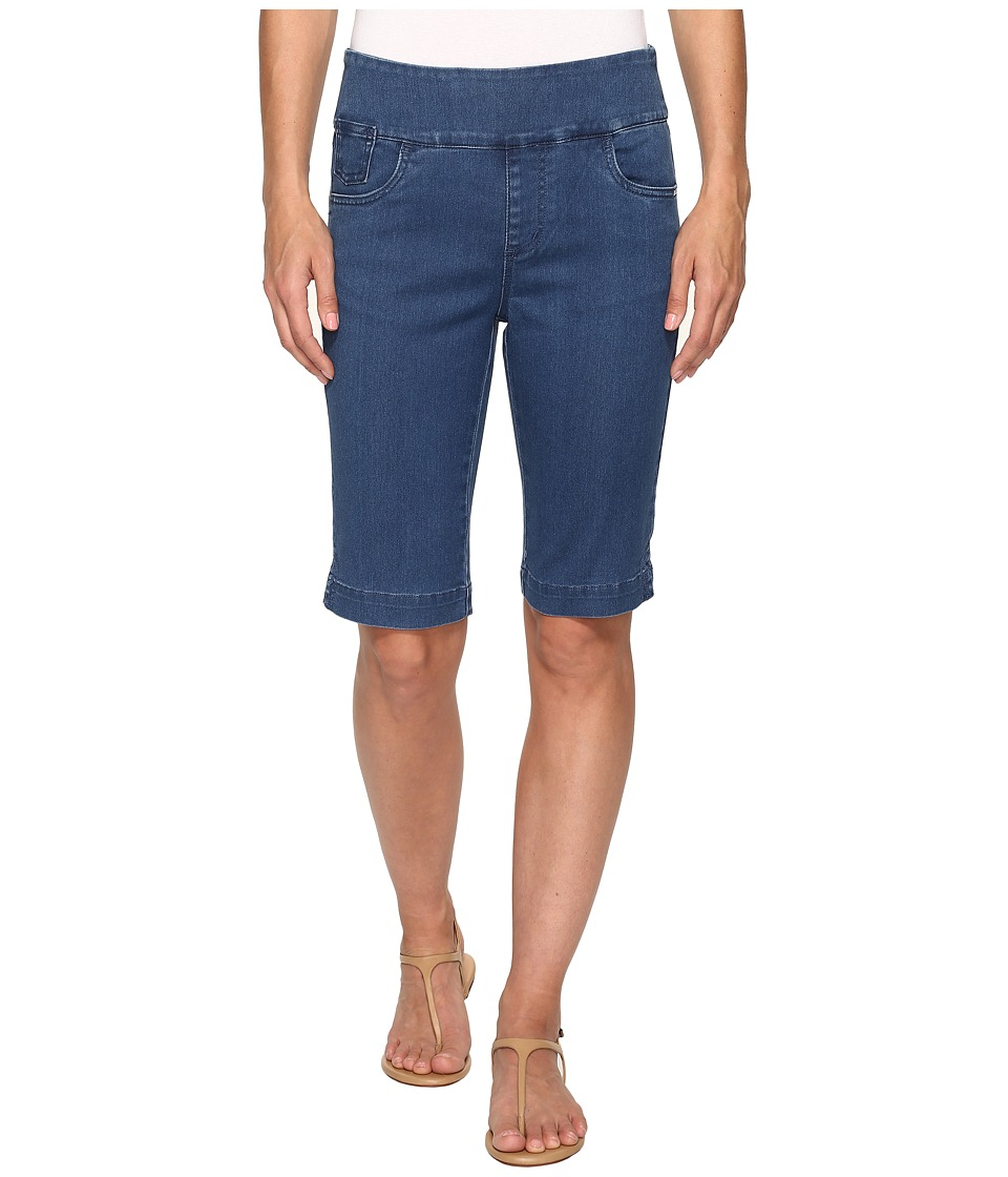 FDJ French Dressing Jeans - D-Lux Denim Pull-On Bermuda in Denim (Denim) Women's Shorts