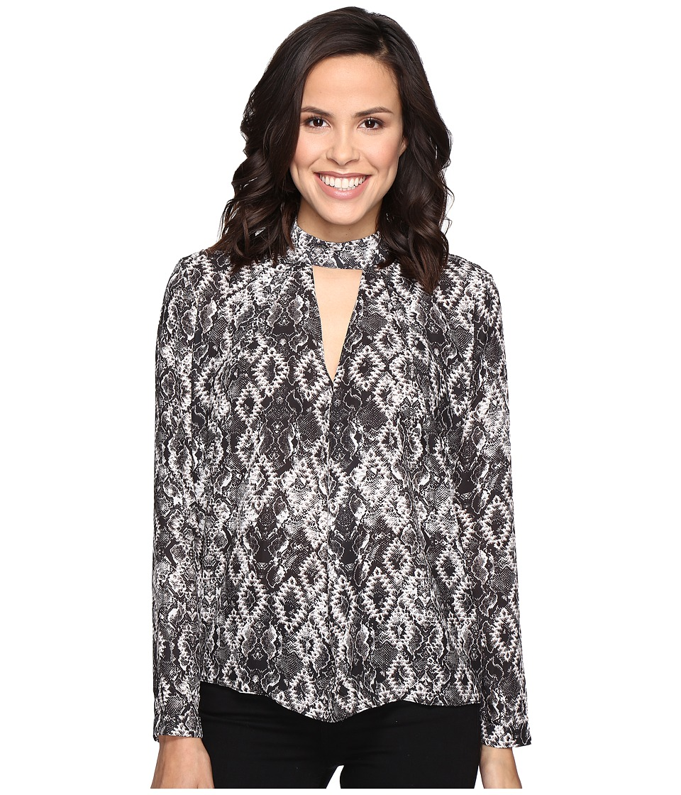 ROMEO & JULIET COUTURE - Snake Print Shirt with Keyhole Cut Out (Black/White) Women's Clothing