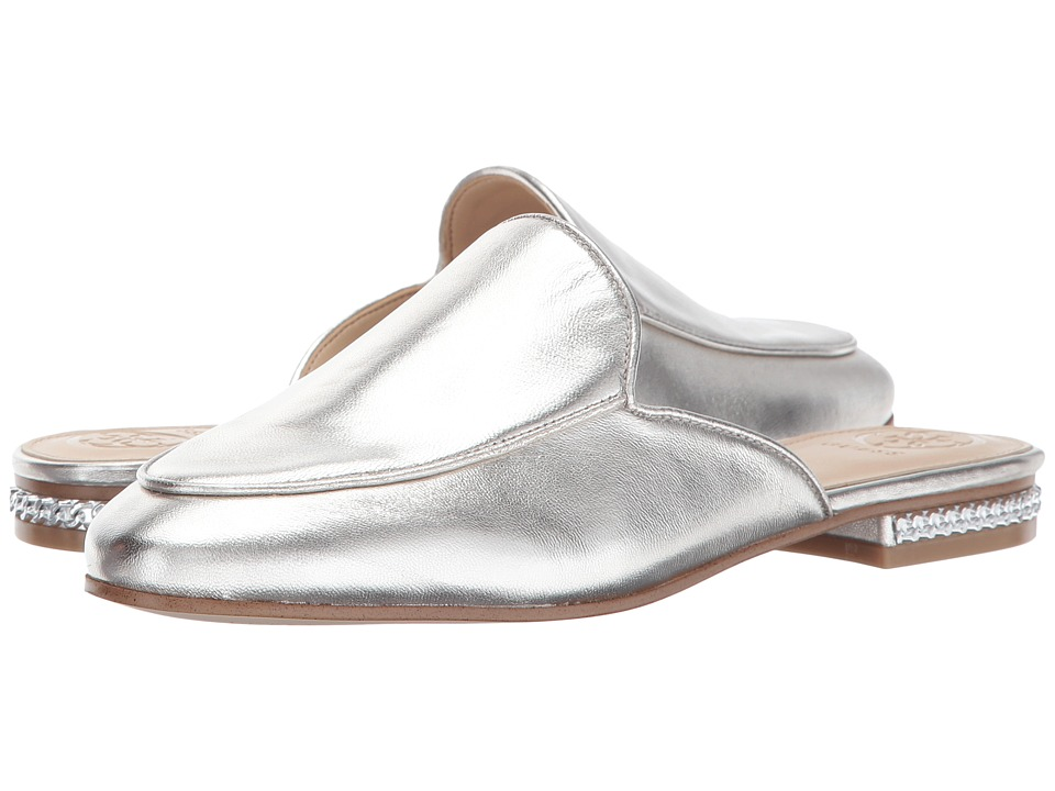 GUESS - Lillac (Silver) Women's Shoes