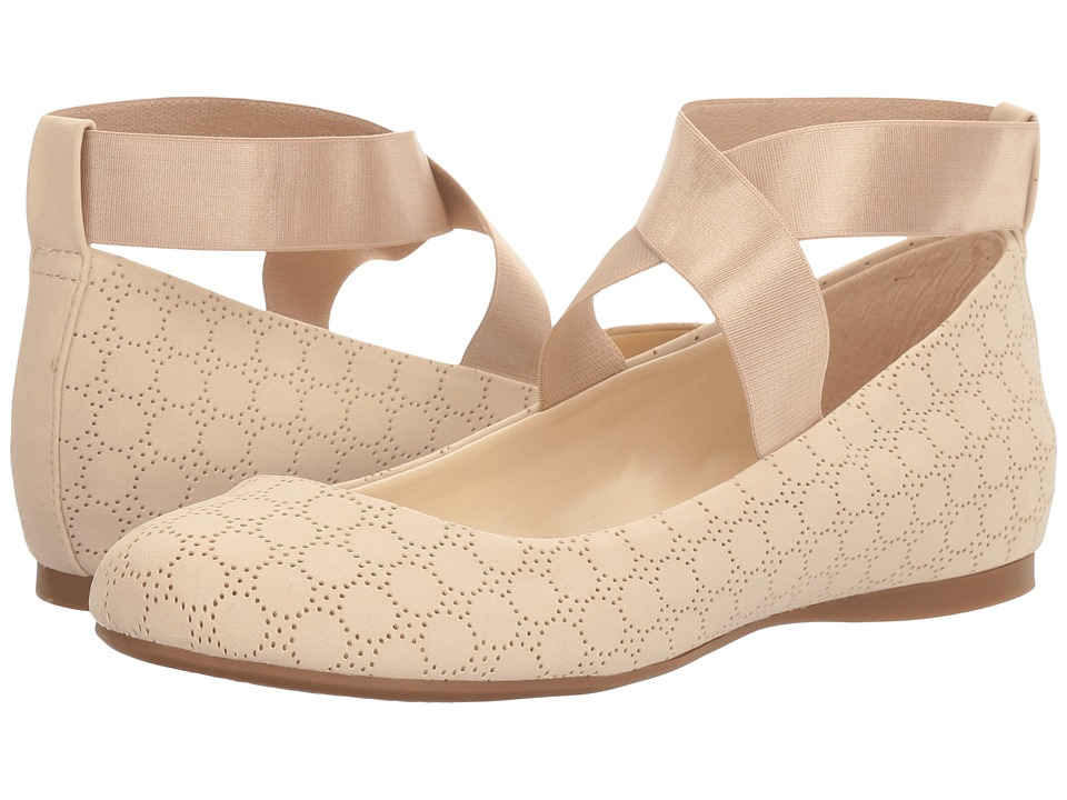 Jessica Simpson - Mandayss (Vanilla Cream) Women's Flat Shoes