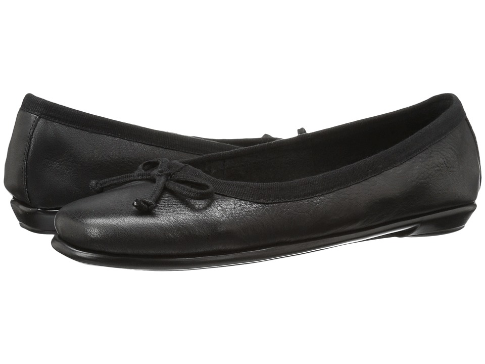 Aerosoles - Fast Bet (Black Leather) Women's Flat Shoes
