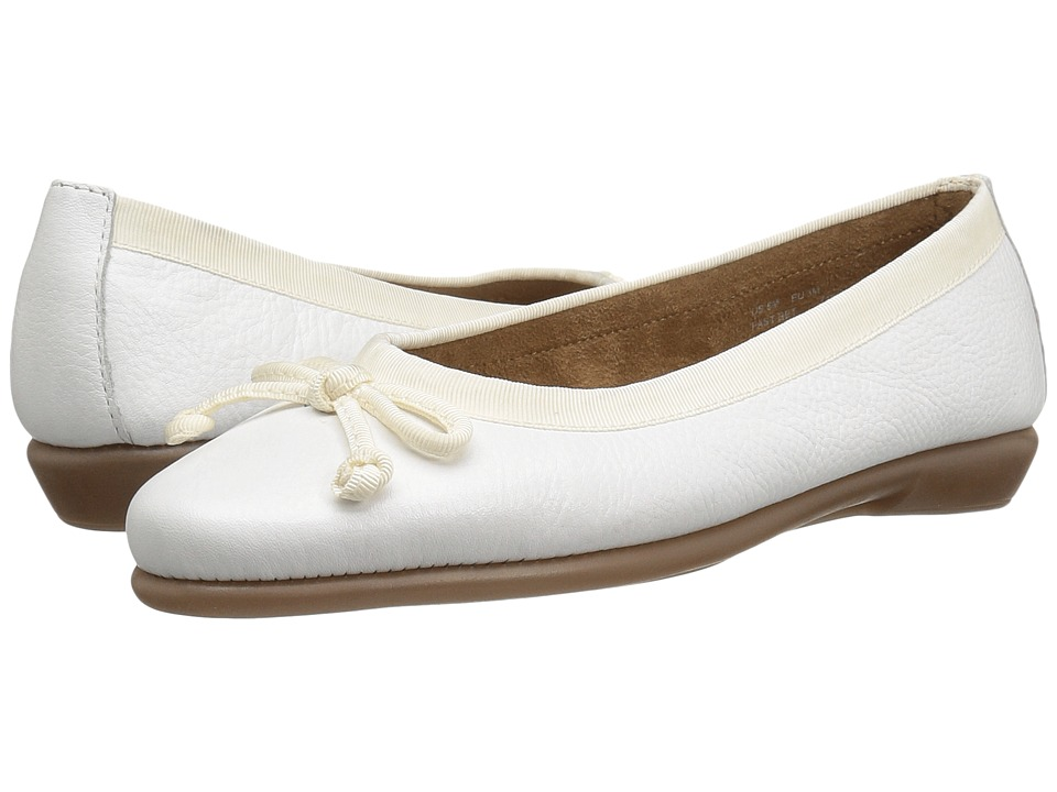Aerosoles - Fast Bet (White Leather) Women's Flat Shoes