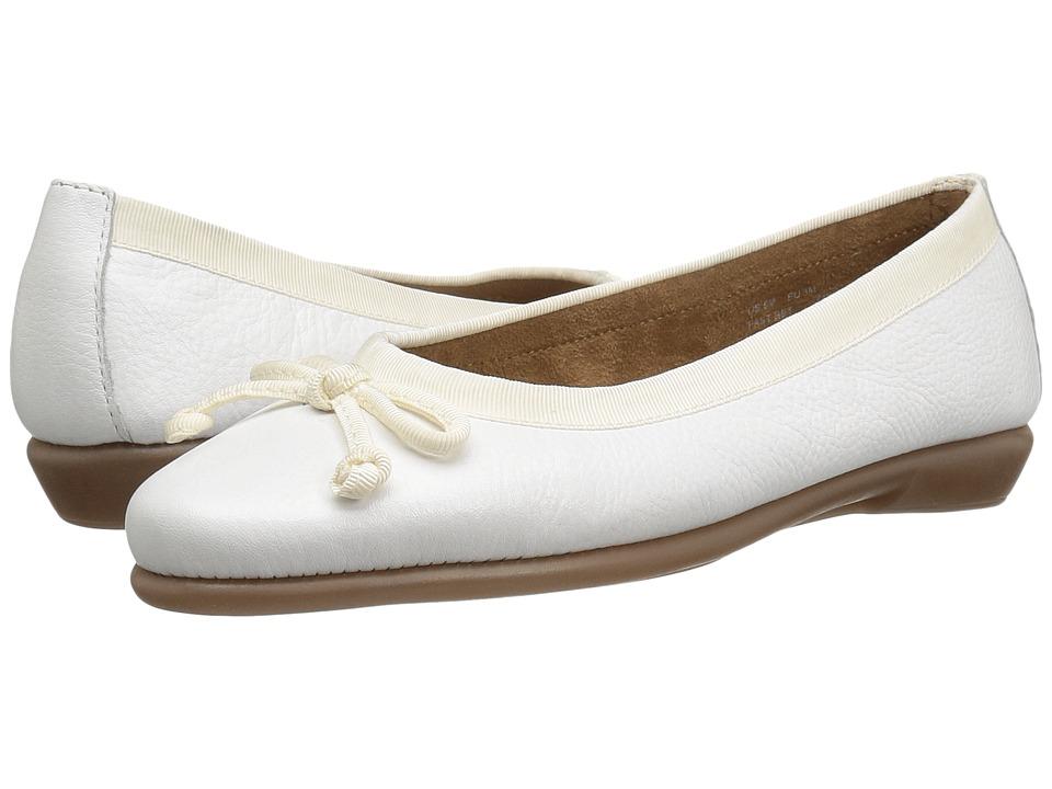 Aerosoles - Fast Bet (White Leather) Women's Flat Shoes