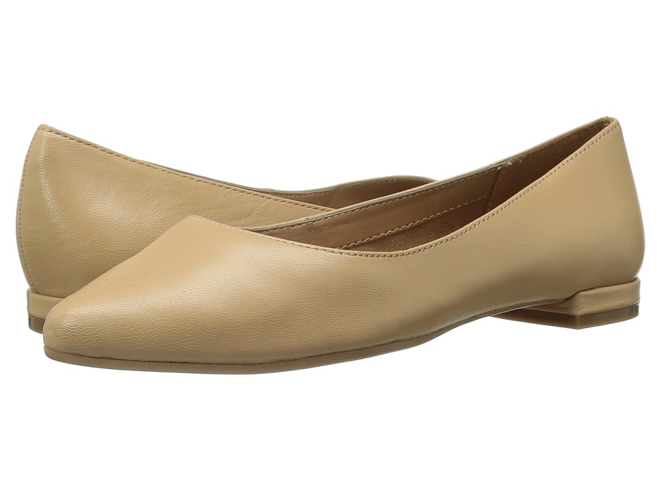 Aerosoles - Hey Girl (Light Tan Leather) Women's Flat Shoes