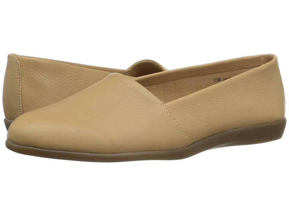 Aerosoles - Trend Setter (Light Tan Leather) Women's Flat Shoes