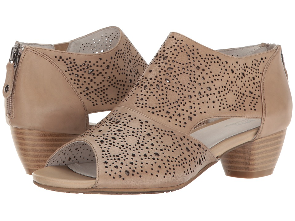 Spring Step - Atlas (Bone) Women's Shoes