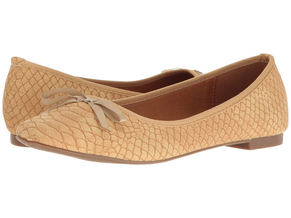 Callisto of California - Barnett (Beige) Women's Shoes