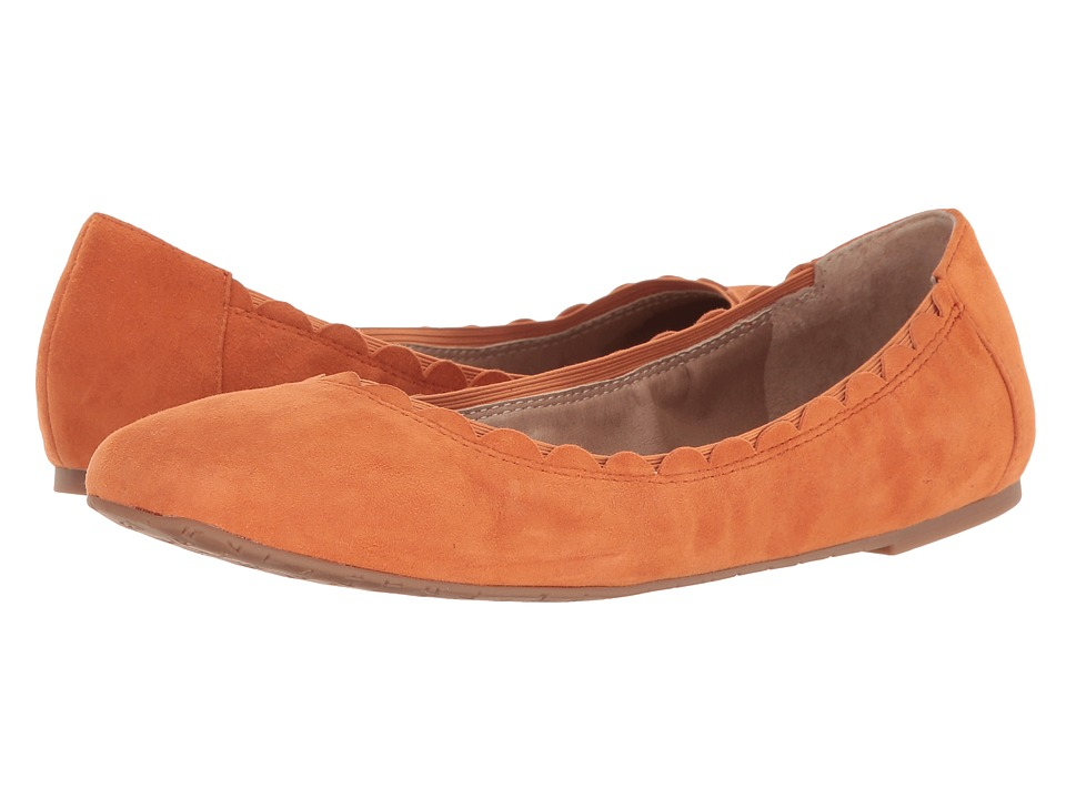Tahari - Zuzu (Mandarin Kid Suede) Women's Flat Shoes