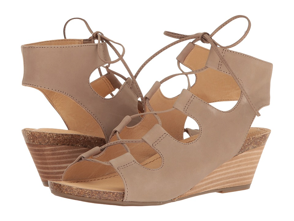 Me Too - Adam Tucker Tami 8 (Rosewood Nubuck) Women's Sandals