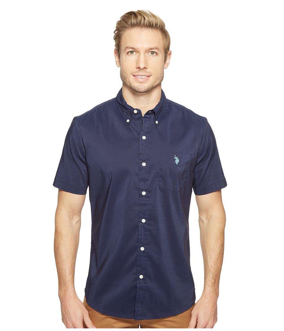 U.S. POLO ASSN. - Short Sleeve Single Pocket Slim Fit Solid Sport Shirt (Classic Navy) Men's T Shirt