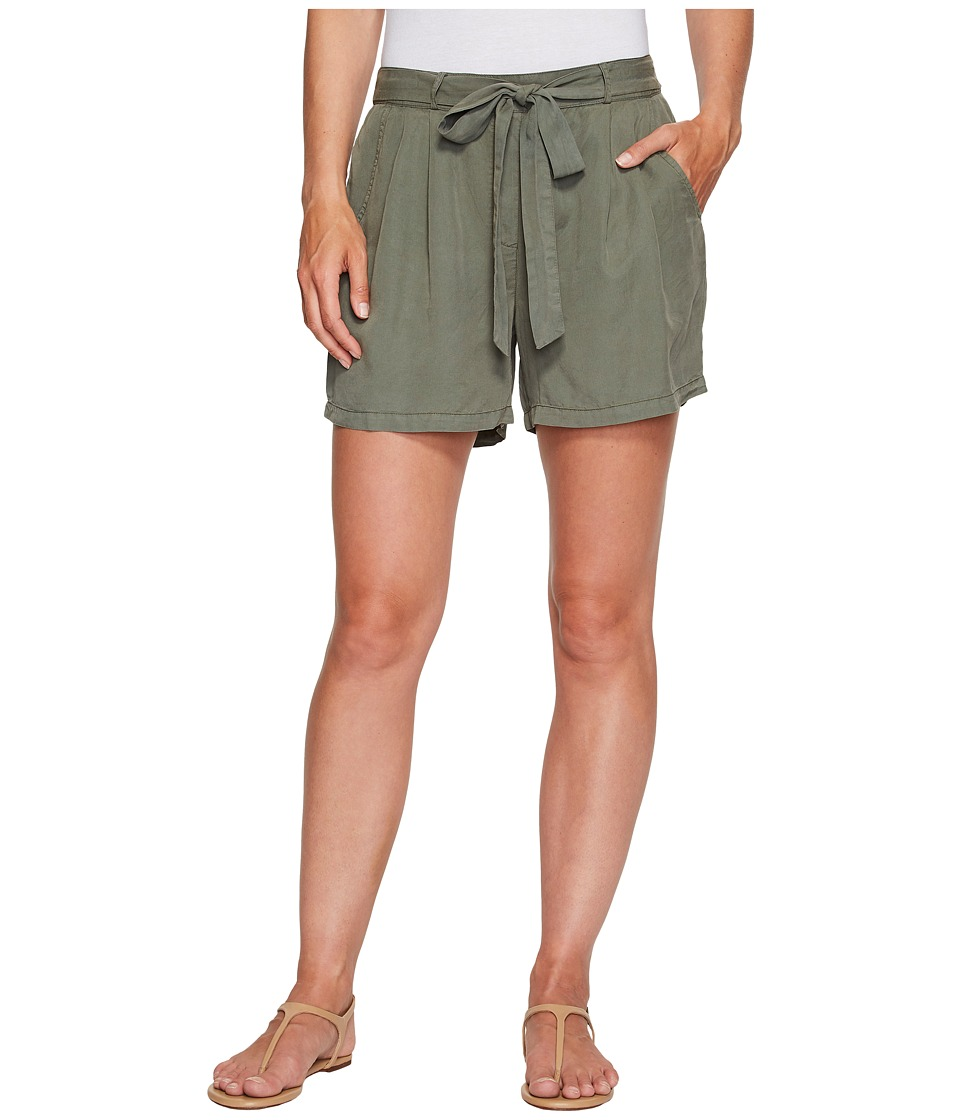 B Collection by Bobeau - Bianca Self Belt Shorts (Green) Women's Shorts