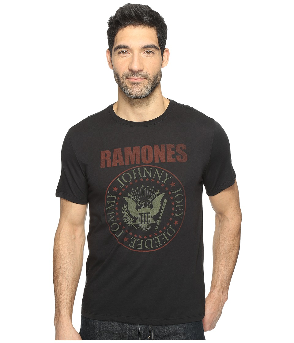 John Varvatos Star U.S.A. - Ramones Seal Logo Short Sleeve Graphic Tee K3069T1B (Black) Men's T Shirt