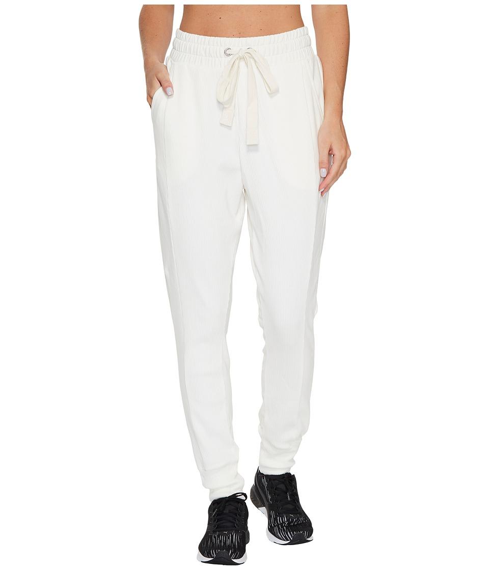 PUMA - Fusion Sweatpants (Marshmallow) Women's Casual Pants