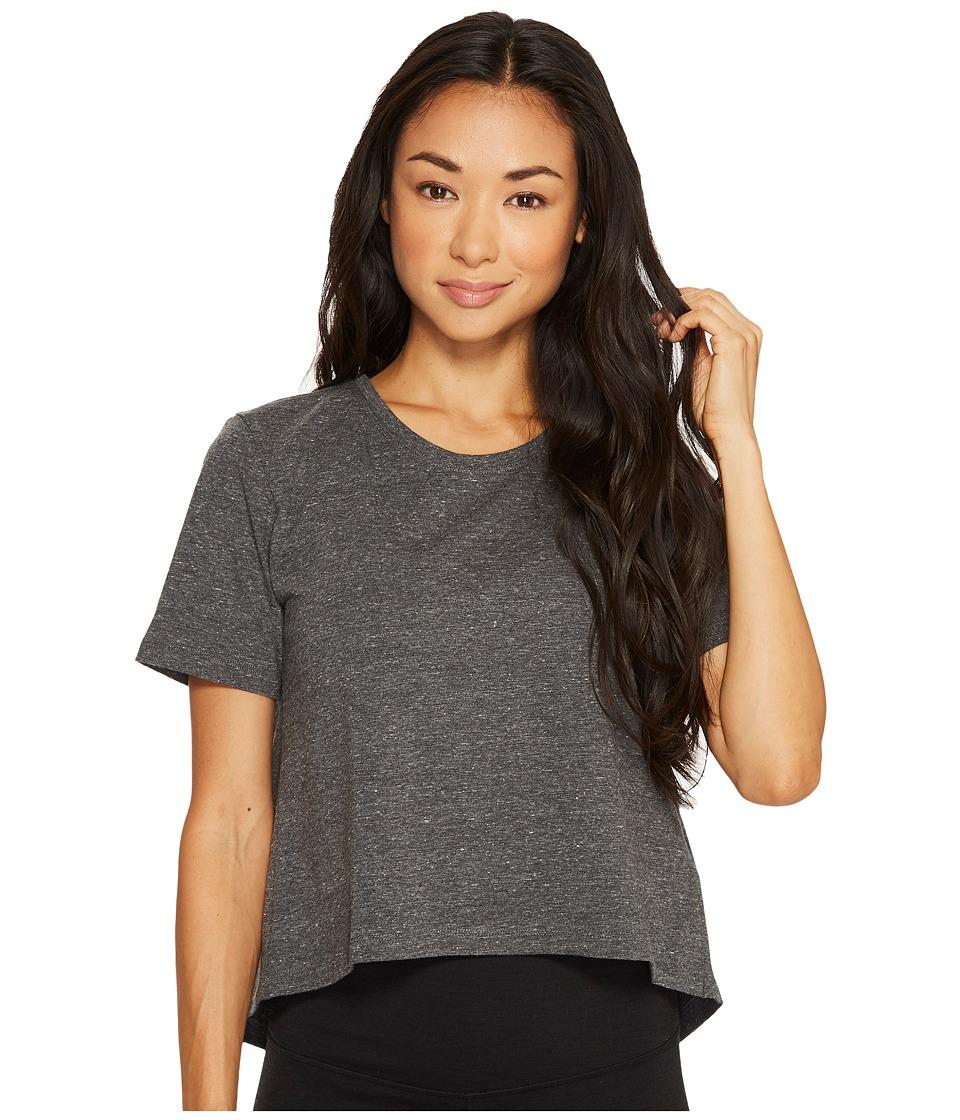adidas - Performer Open Back Tee (Dark Grey Heather/Snow Melange) Women's T Shirt