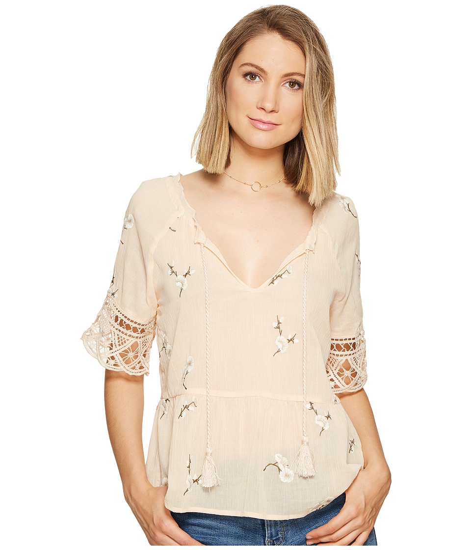 BB Dakota - Alecia Embroidered Top (Peach Blossom) Women's Clothing