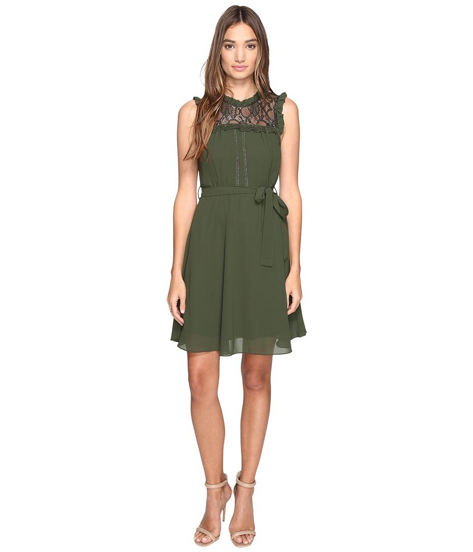 ROMEO & JULIET COUTURE - Sleeveless Lace Yoke Dress (Burgundy) Women's Dress
