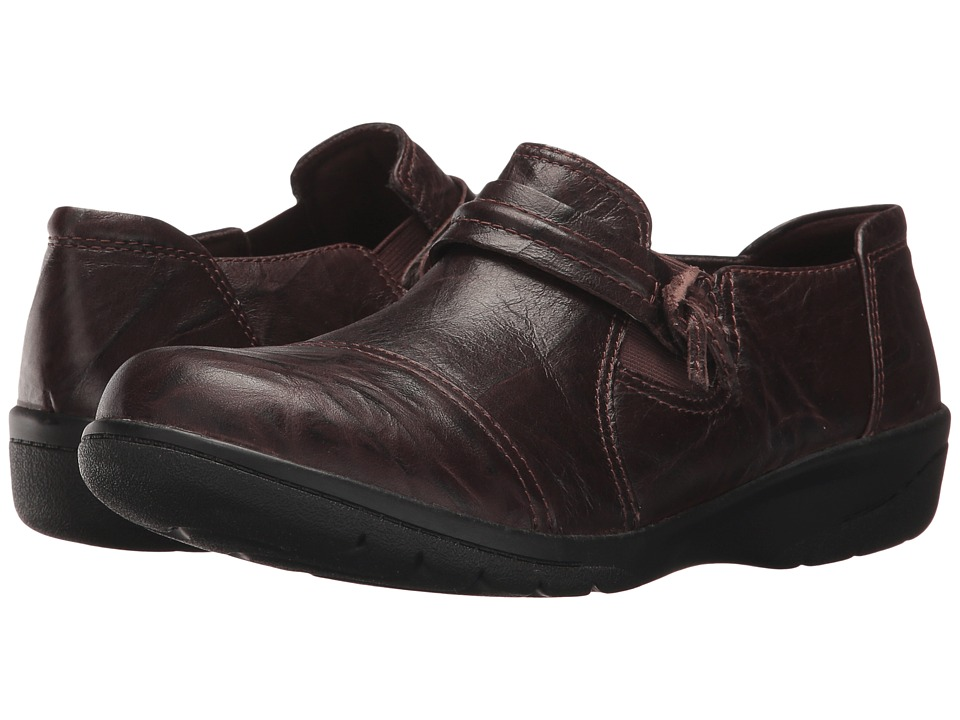 Clarks - Cheyn Madi (Dark Brown Scrunch Leather) Women's Shoes