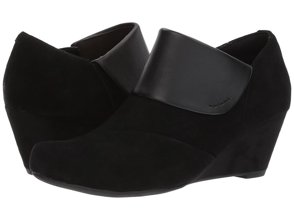 Clarks - Flores Dahlia (Black Suede/Leather Combi) Women's Shoes