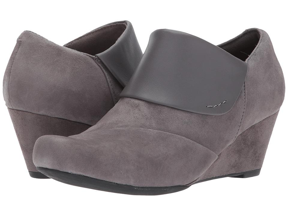 Clarks - Flores Dahlia (Grey Suede/Leather Combi) Women's Shoes