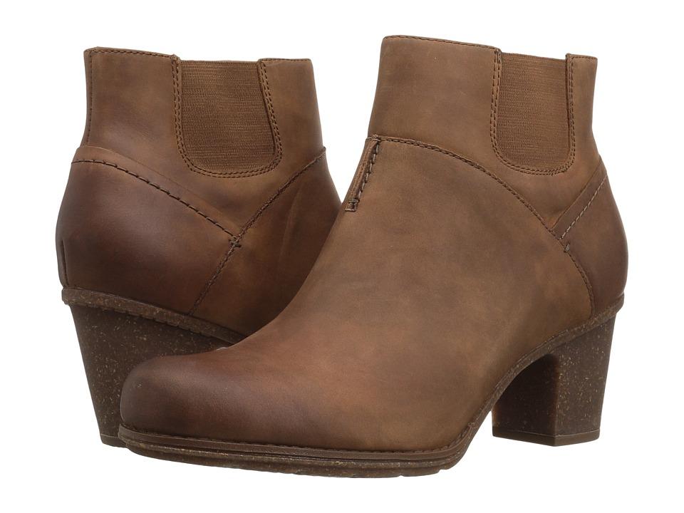 Clarks - Sashlin Vita (Dark Tan Leather) Women's Shoes