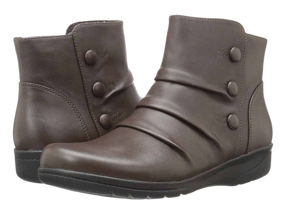 Clarks Cheyn Anne (Dark Brown Leather) Women