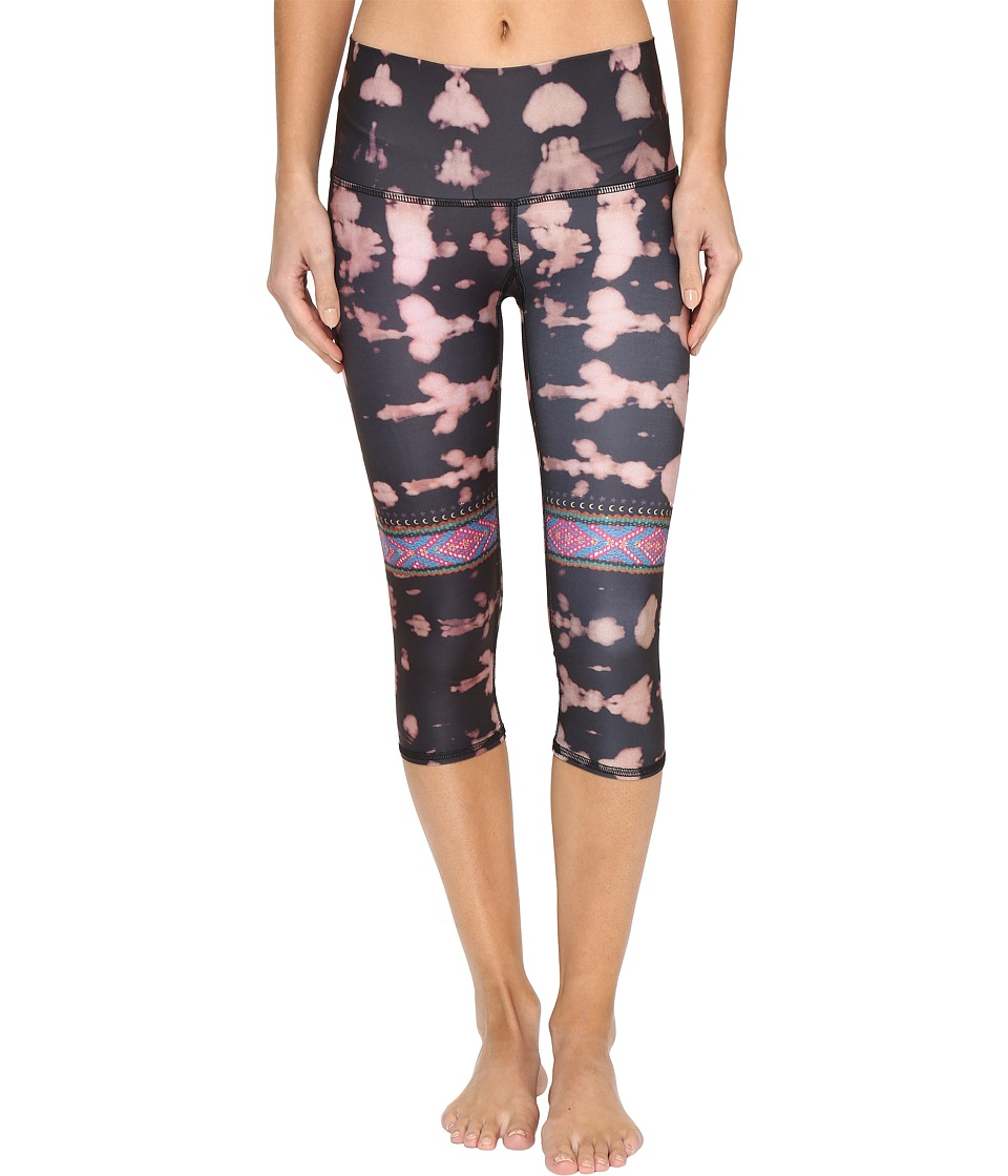 teeki Cusco Rambler Goddess Capris (Black) Women