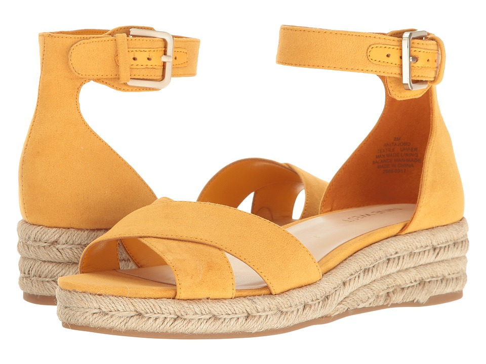 Nine West - Appetizer (Golden Honey) Women's Shoes