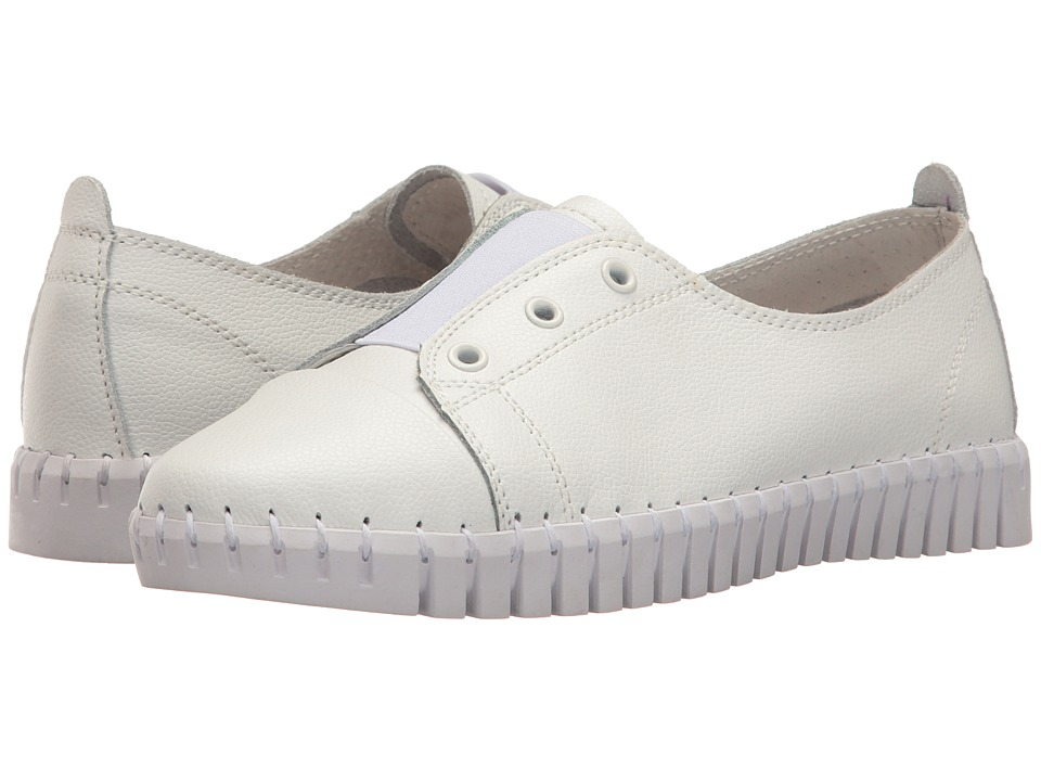 bernie mev. - TW 65 (White Elastic) Women's Slip on Shoes