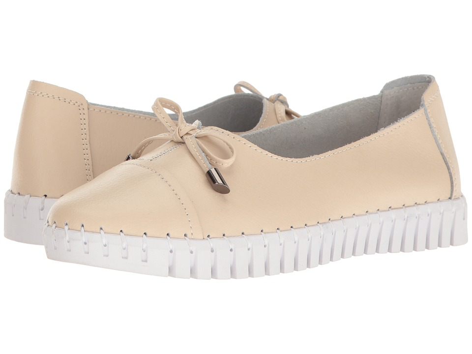bernie mev. - TW 50 (Cream Leather) Women's Slip on Shoes