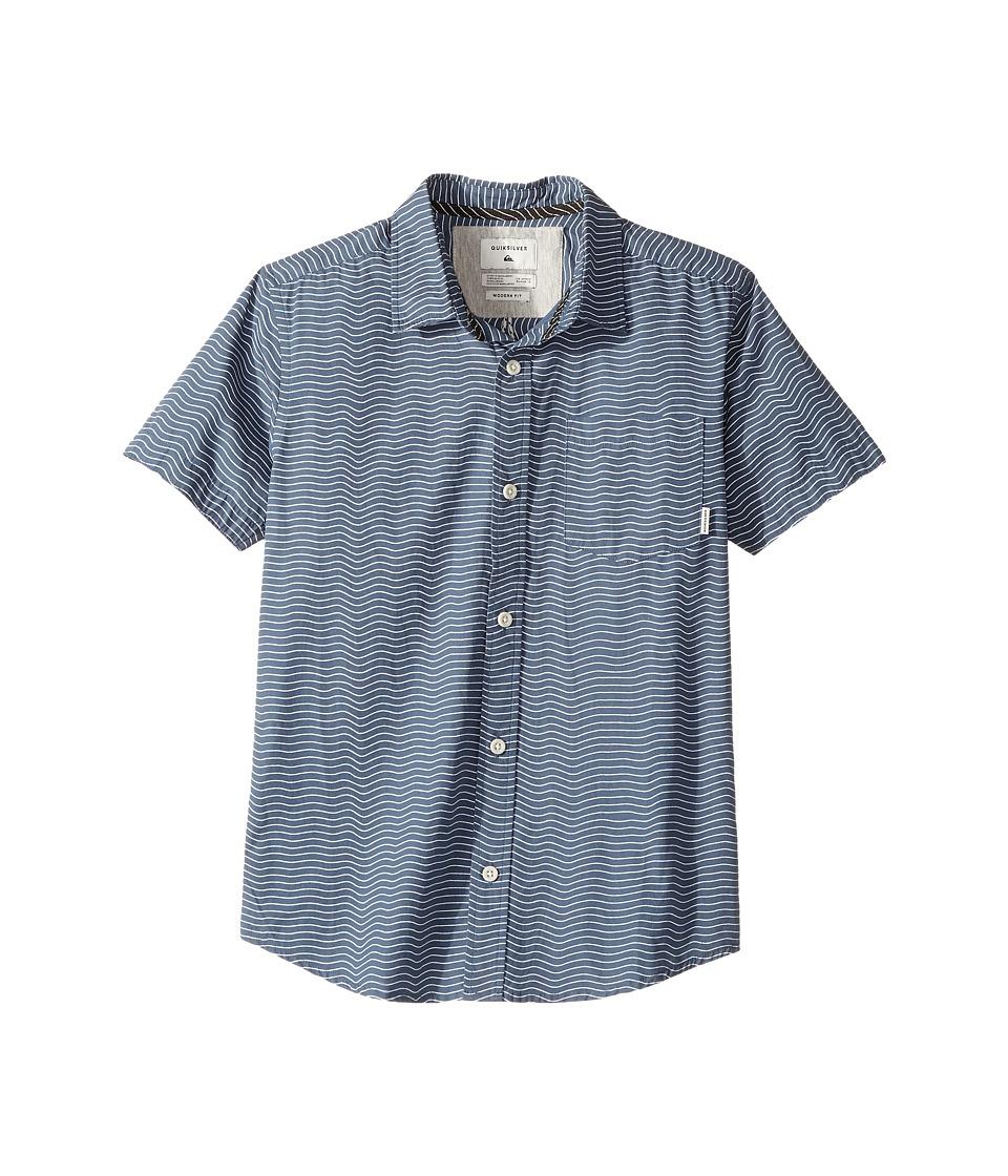 Quiksilver Kids - Heat Wave Short Sleeve Shirt (Big Kids) (Dark Denim) Boy's Short Sleeve Button Up