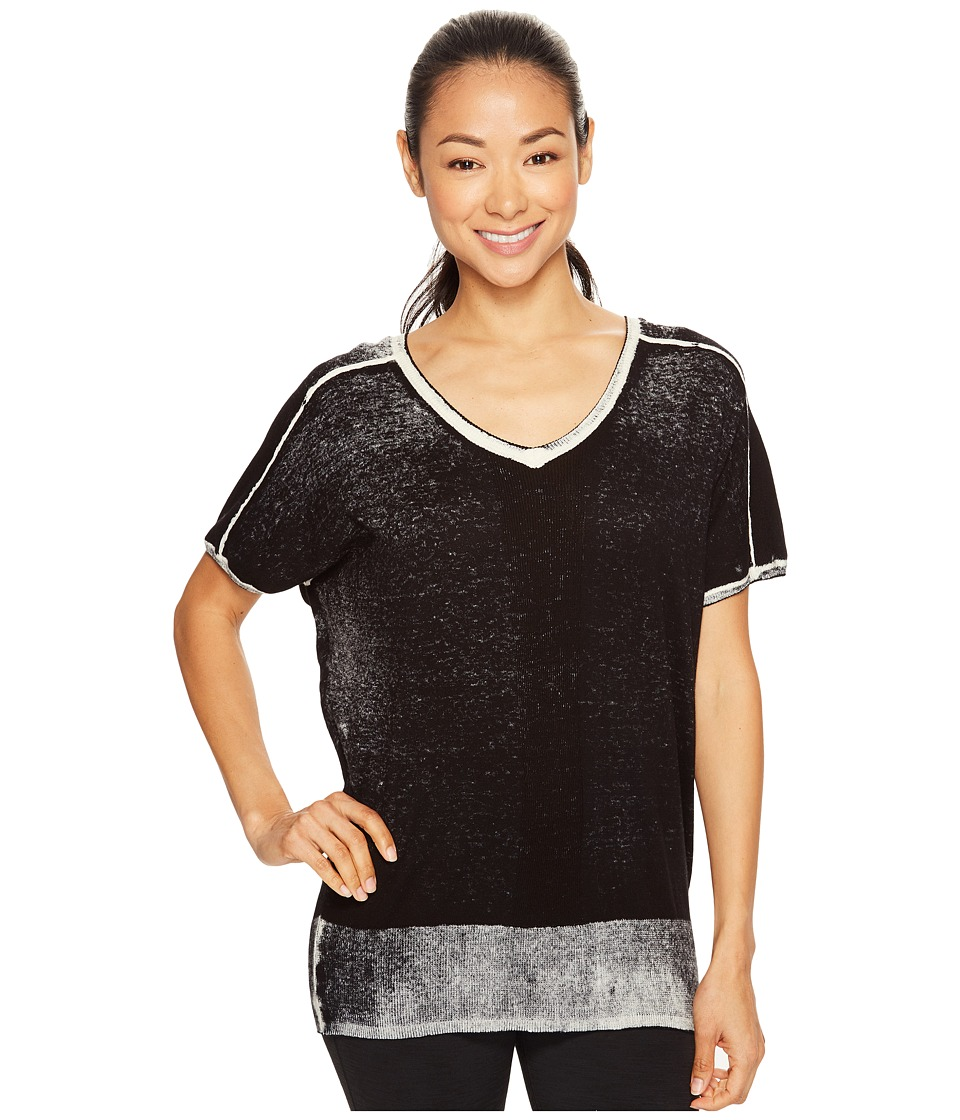 Blanc Noir - Short Sleeve Float Sweater (Black) Women's Workout