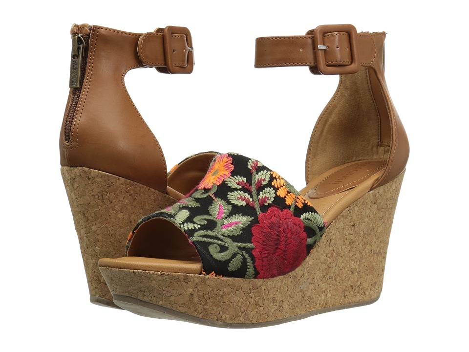 Kenneth Cole Reaction - Sole Quest (Floral Embroidered) Women's Wedge Shoes