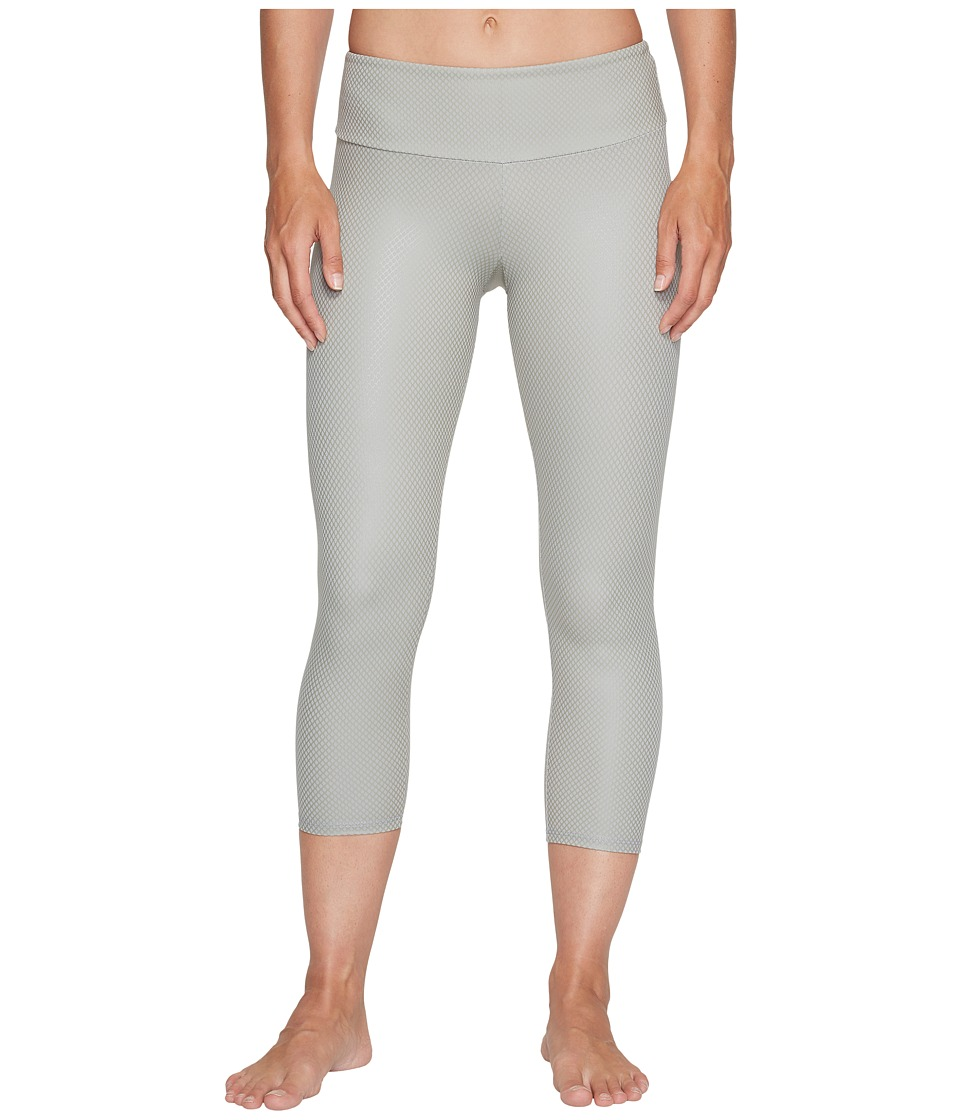 Onzie Capri Pants (Stone Fishnet) Women